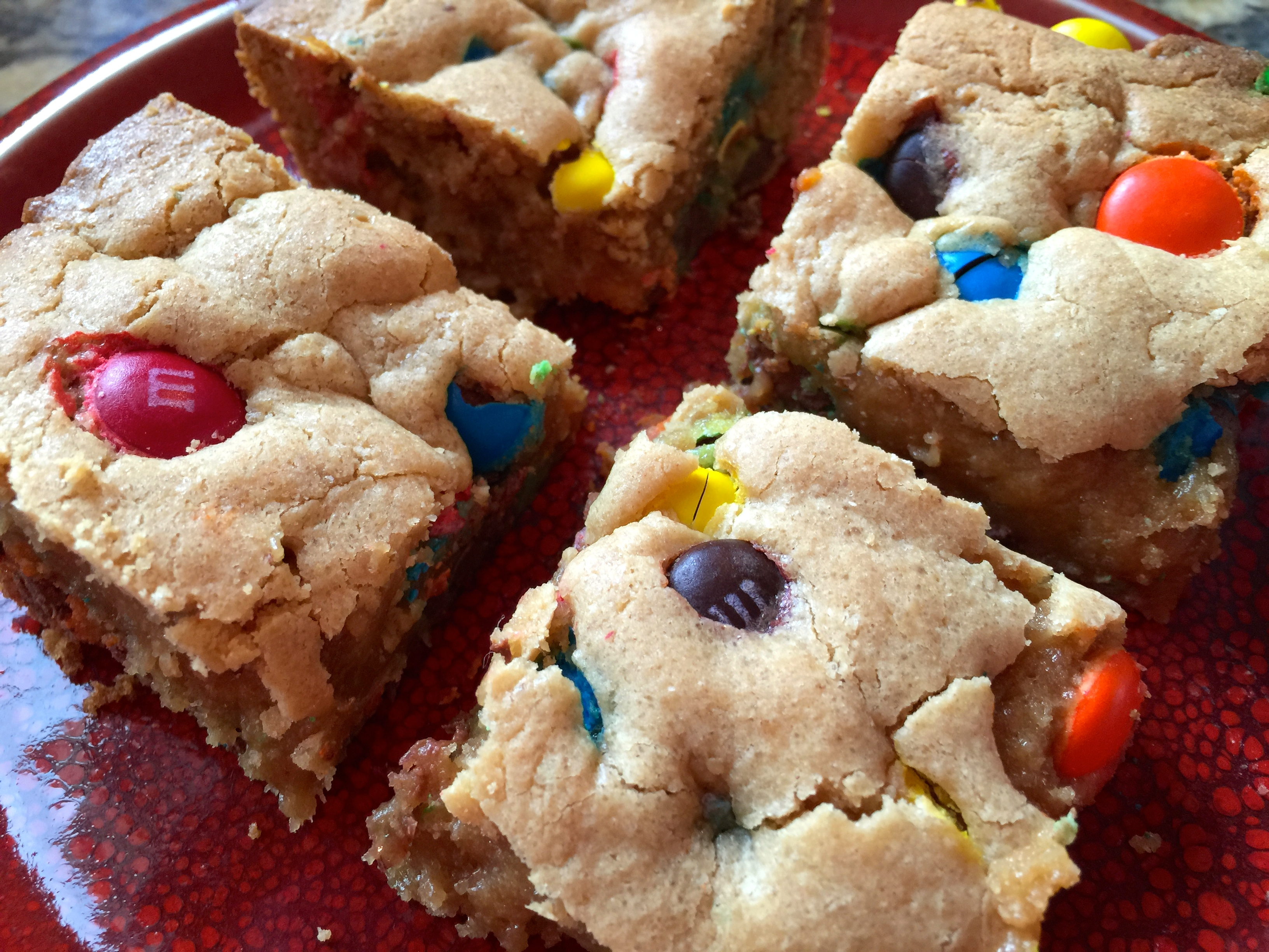 Check Out This Super Simple and Yummy Dessert: 5 Ingredient M&M Peanut Butter Bars
