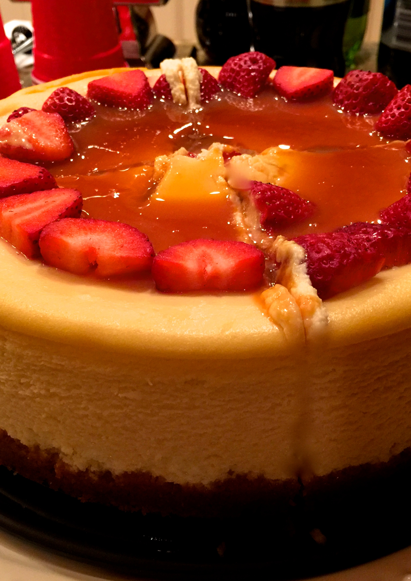 Smooth and Creamy New York Cheesecake: A Sublime Holiday Dessert!